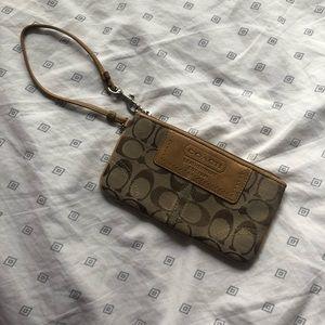 Vintage Coach Leatherware Wristlet